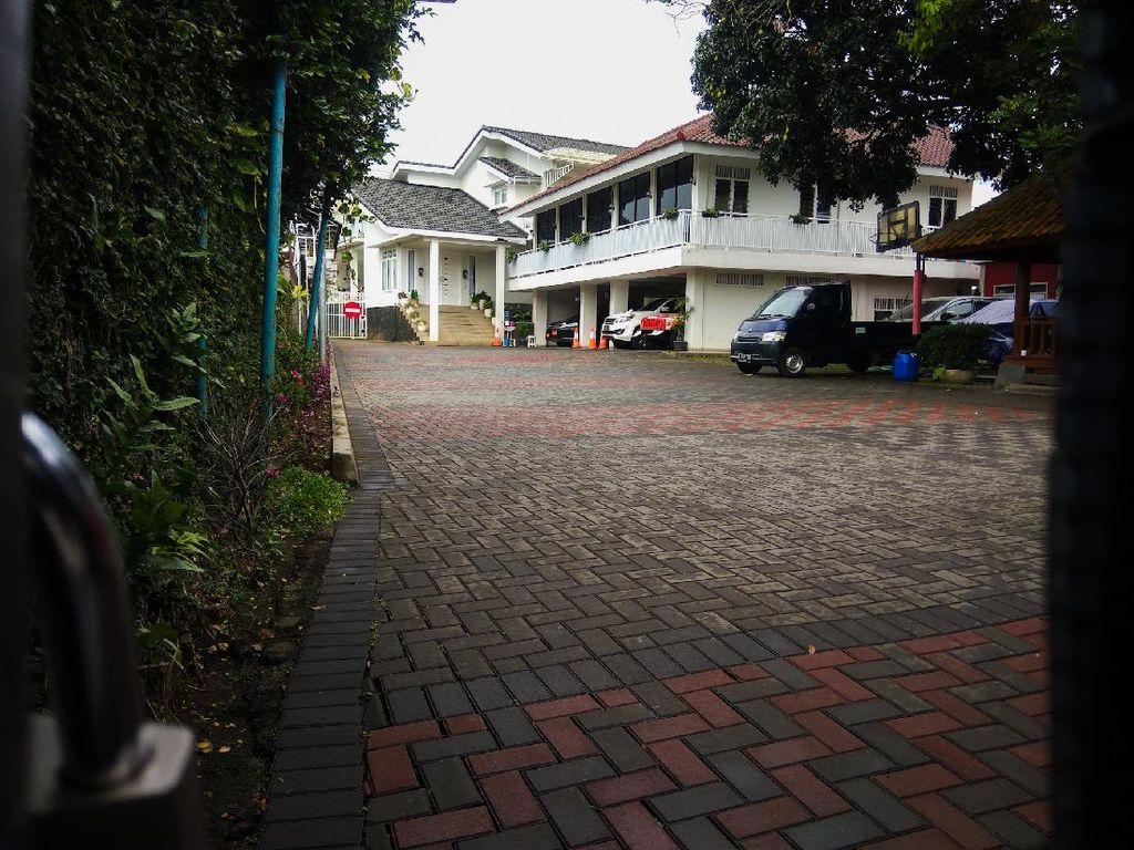 Mengintip Rumah Mewah Walkot Cimahi di Pemukiman Padat Penduduk