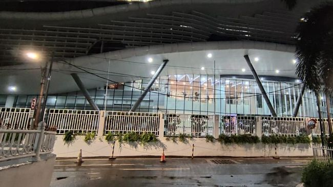 Tim Penyidik KPK Bawa 6 Koper Usai 15 Jam Lebih Geledah Gedung KKP