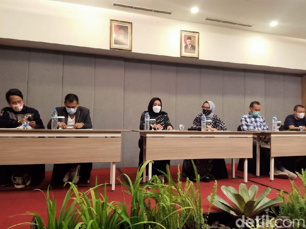 Keluarga Anggota HOG SBC Pengeroyok TNI Curhat Diteror di Medsos