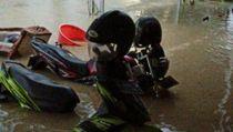 Diguyur Hujan Deras, Sejumlah Lokasi di Rembang Kebanjiran