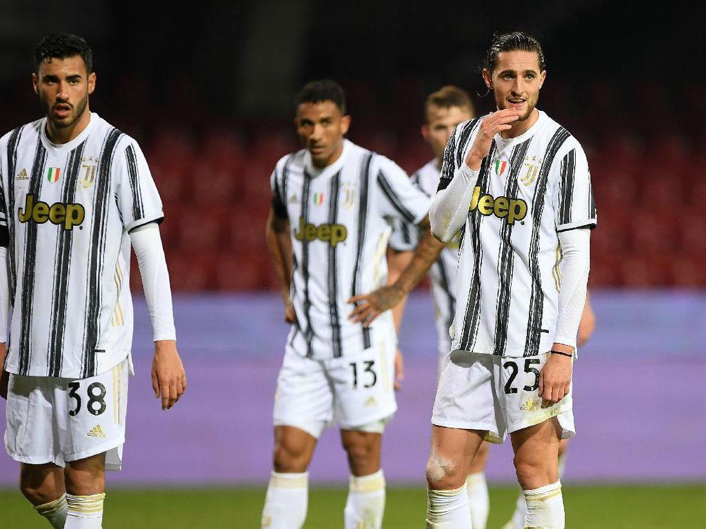 Video Juventus Lawan Tim Promosi Benevento Ditahan Imbang