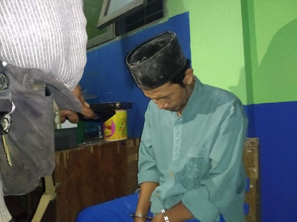 Cetak Pil Koplo di Gudang Sekolah, Penjaga SMP di Samarinda Dibekuk Polisi