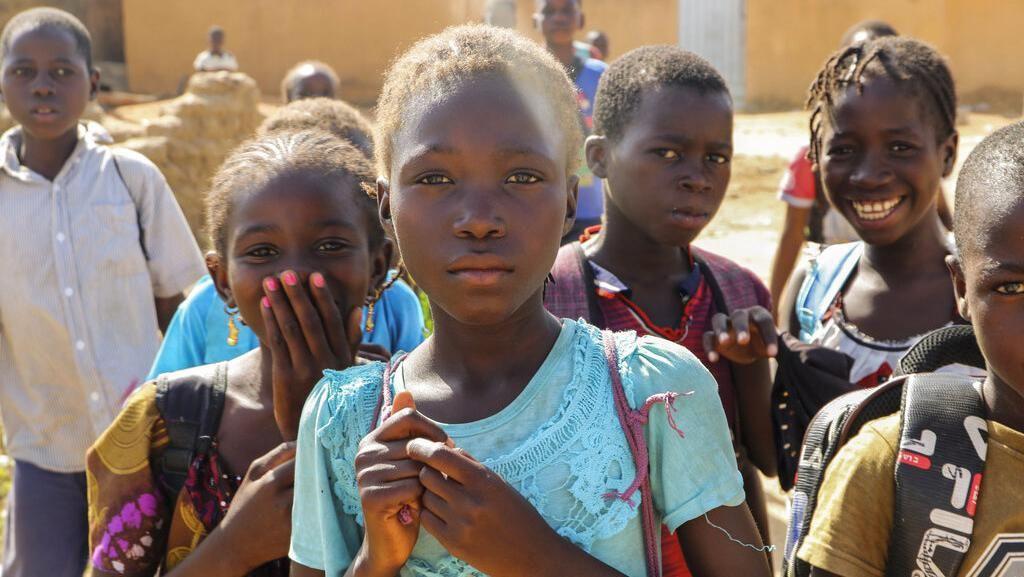 Siswa di Burkina Faso Lebih Takut Ekstremis Daripada COVID-19