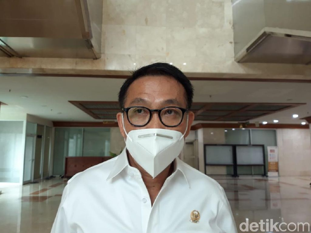 Polri Jerat Ambroncius Nababan Jadi Tersangka, Komisi III DPR Acungkan Jempol