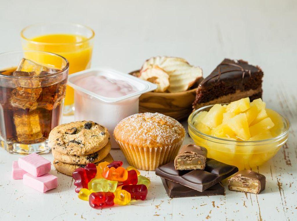 Makanan & Minuman Manis Juga Bikin Kolesterol, Kok Bisa?