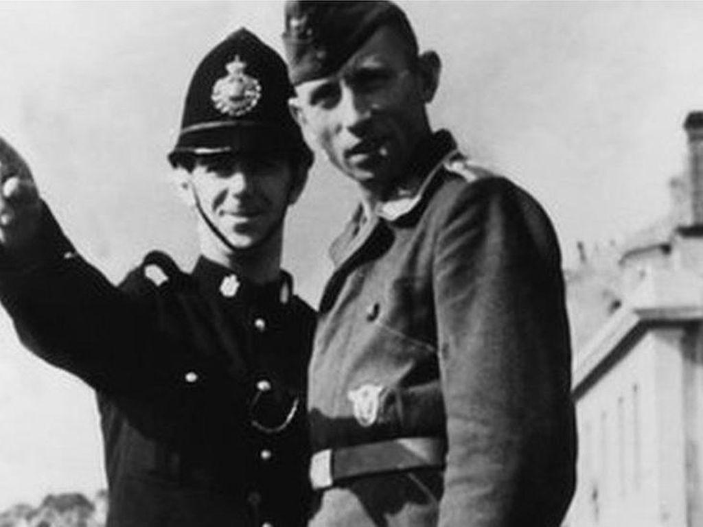 Kisah Belasan Polisi Robin Hood yang Mencuri Makanan dari Nazi