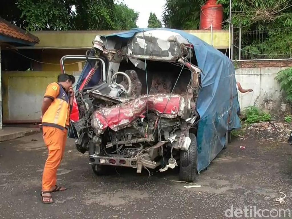 Polisi Identifikasi 10 Korban Jiwa dari Kecelakaan Maut di Tol Cipali