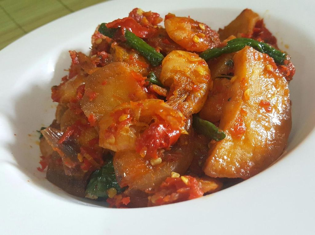 Resep Udang Balado ala Rumah Makan Padang yang Pedas Nendang