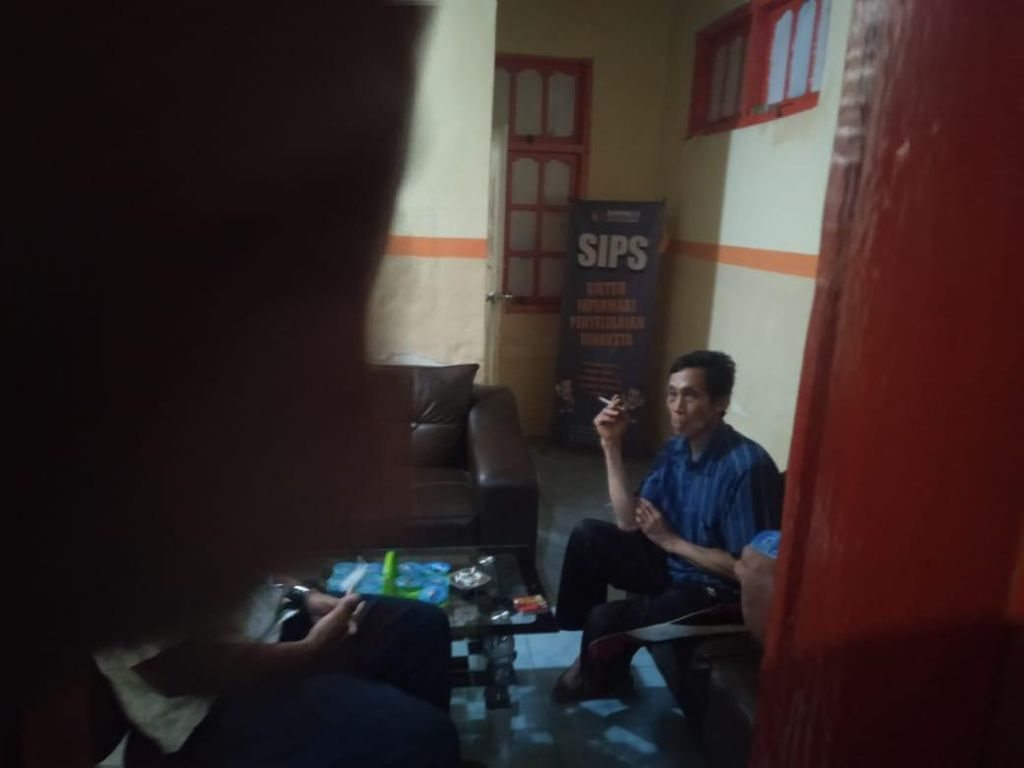 Diduga Mau Bagi Amplop, Relawan Paslon Pilkada Bulukumba Nyaris Diamuk Massa