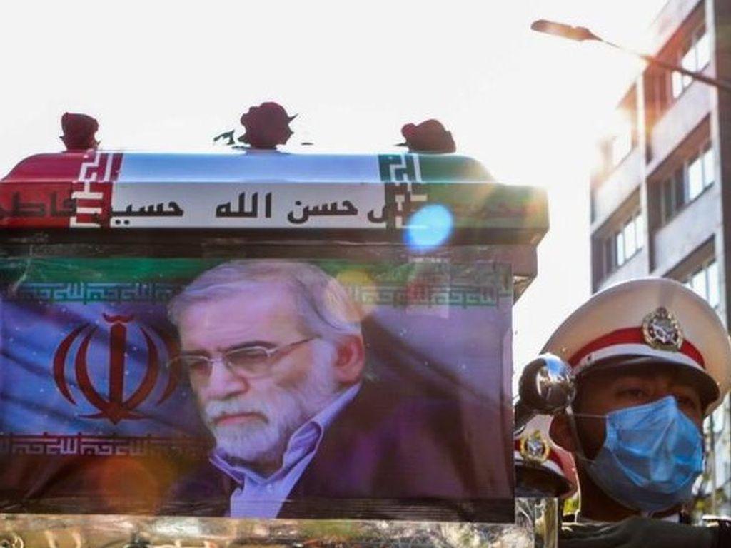 Ilmuwan Nuklir Iran Dibunuh dengan Senapan Mesin yang Dikendalikan Satelit