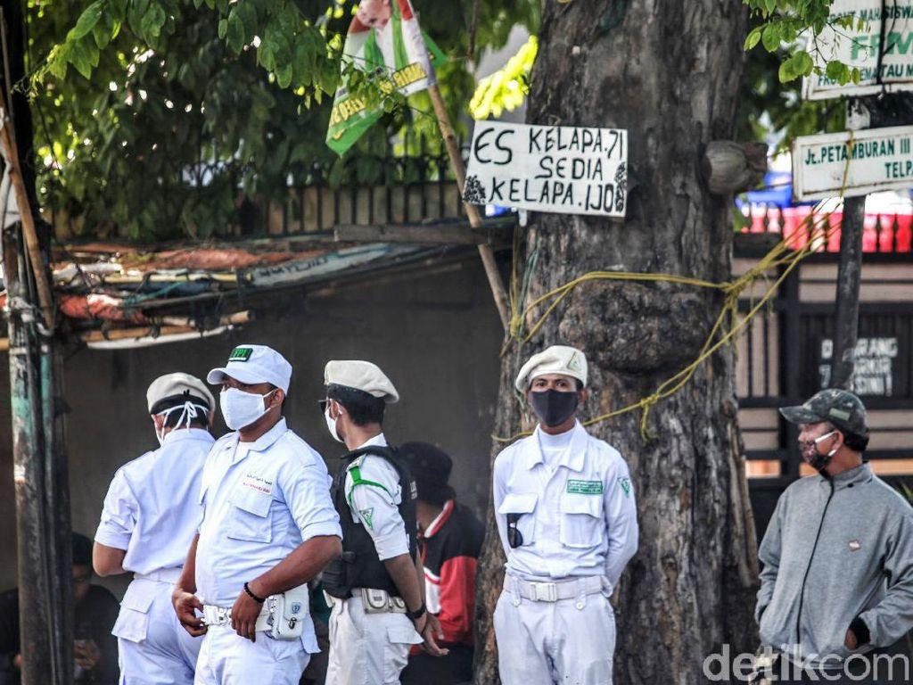 Pimpinan Komisi III DPR Heran FPI Punya Laskar Seperti Mau Perang