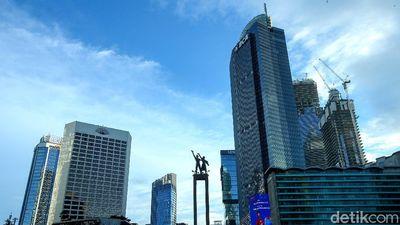 Birunya Langit Jakarta Hari Ini Jadi Trending Topic