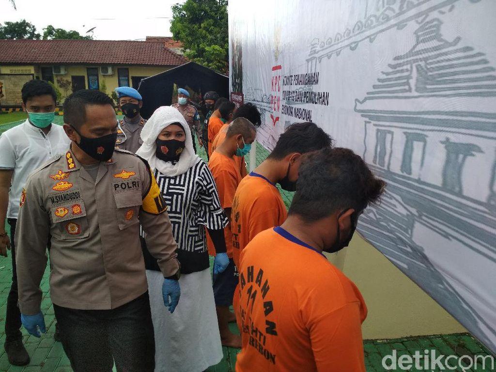 Berandalan Bermotor Tembak-Aniaya Warga di Cirebon