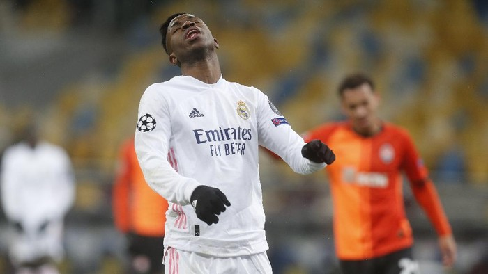 Real Madrids Vinicius Junior reacts during the Champions League, Group B, soccer match between Shakhtar Donetsk and Real Madrid at the Olimpiyskiy Stadium in Kyiv, Ukraine, Tuesday, Dec. 1, 2020. (AP Photo/Efrem Lukatsky)