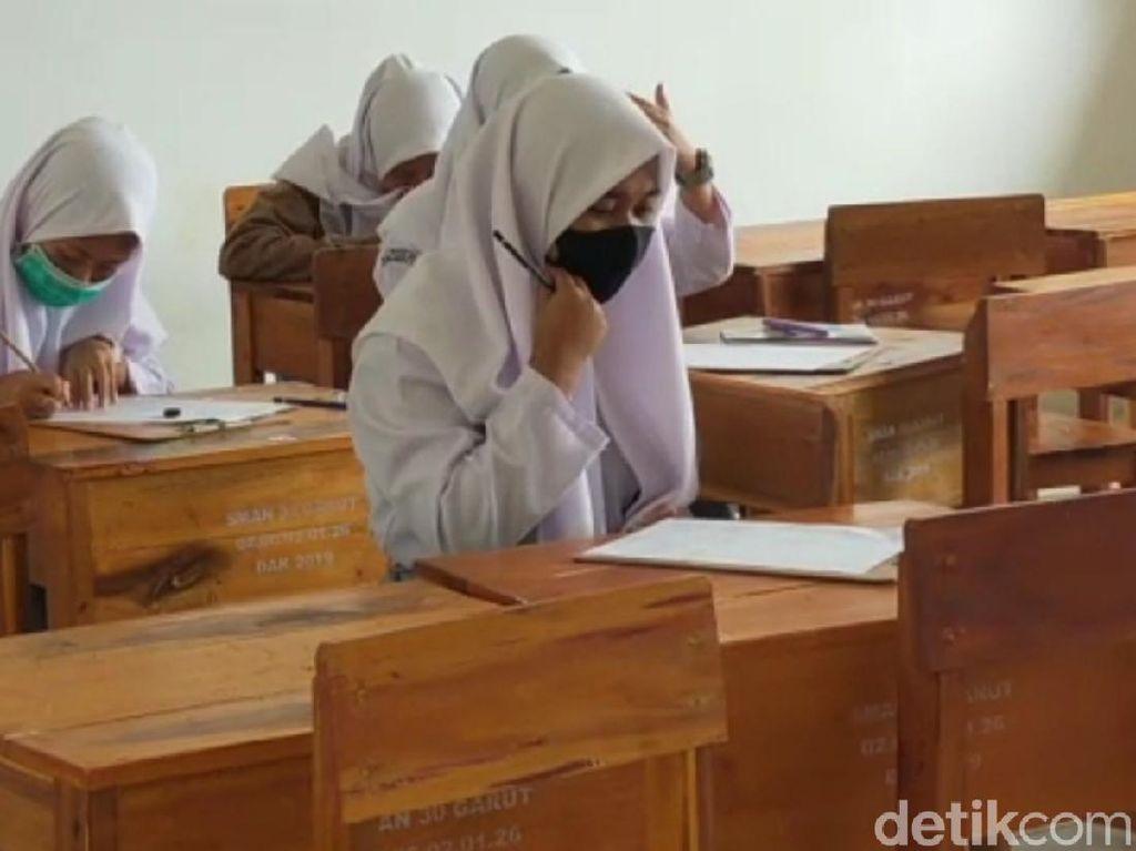 Suara dari Senayan Minta Sekolah Tatap Muka Januari 2021 Ditunda