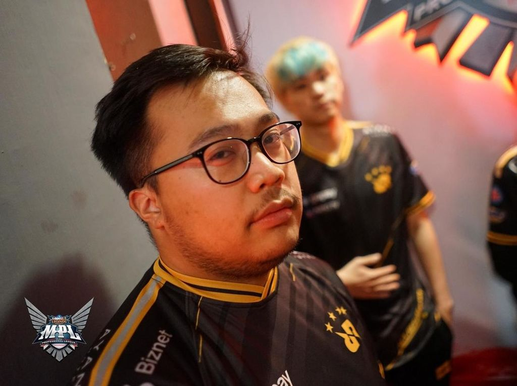 Jadi Pro Player Esports Bisa Keliling Indonesia Lho