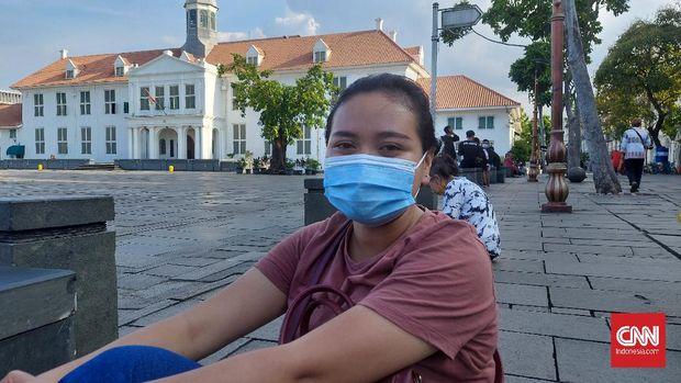 Karyawan swasta asal Jakarta, Dea (23) menganggap libur panjang tak selalu berkorelasi dengan peningkatan kasus positif virus corona.