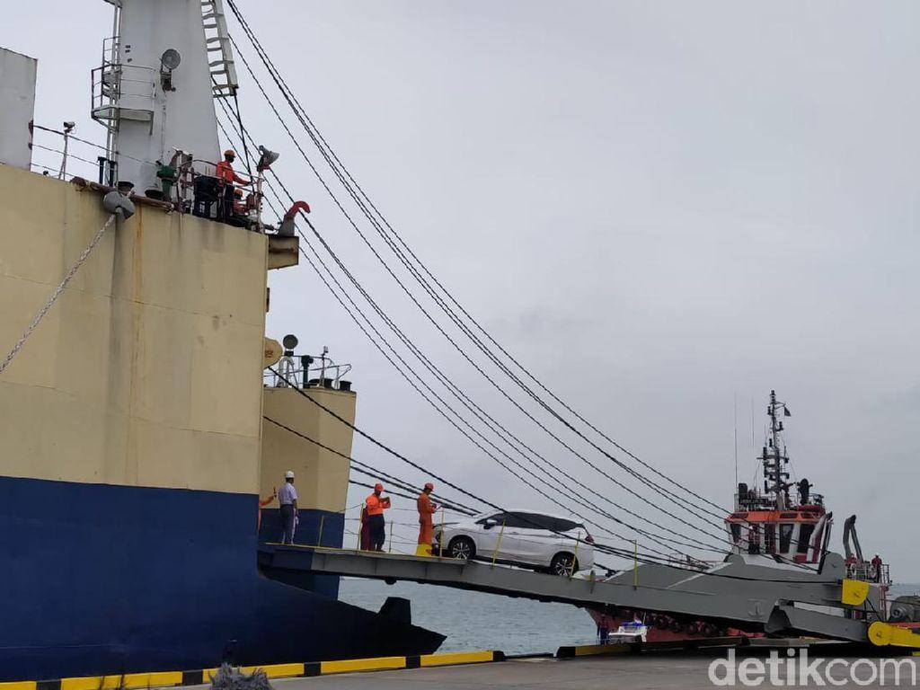 Luhut, Pelabuhan Patimban, dan Pabrik Mobil Listrik