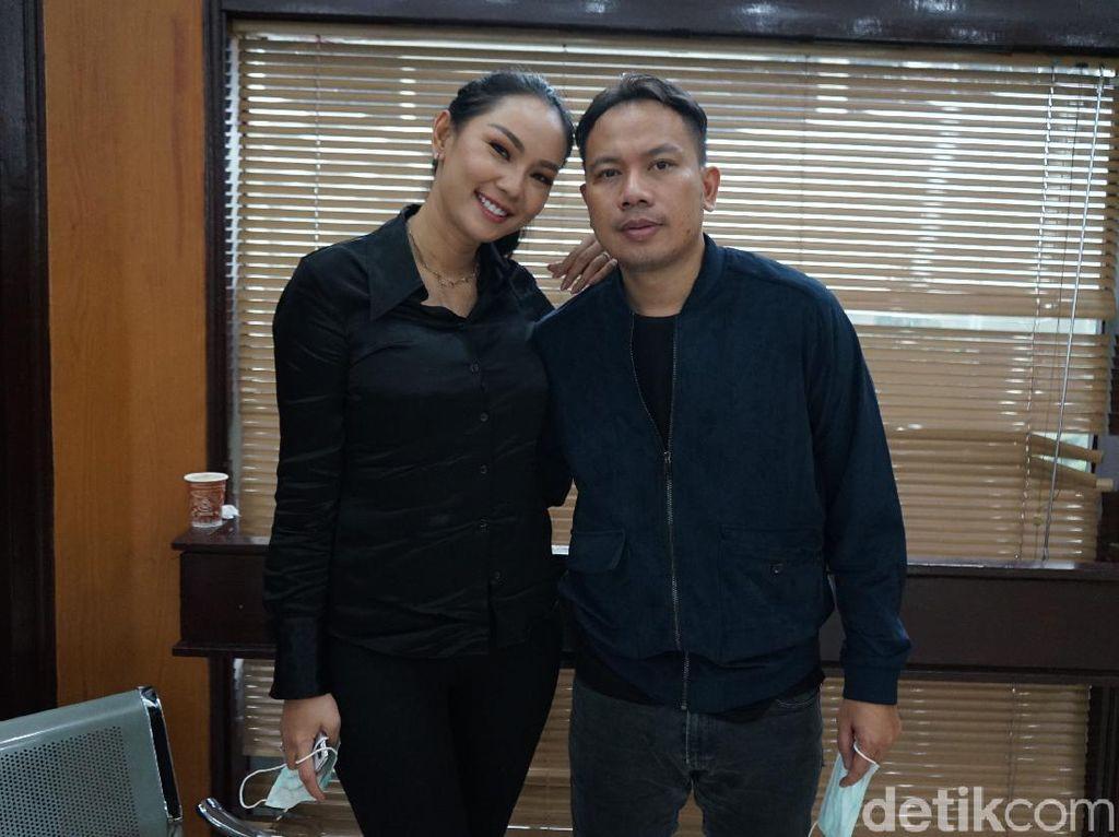 Disebut Positif Corona, Vicky Prasetyo Khawatir Tertular dari Kalina