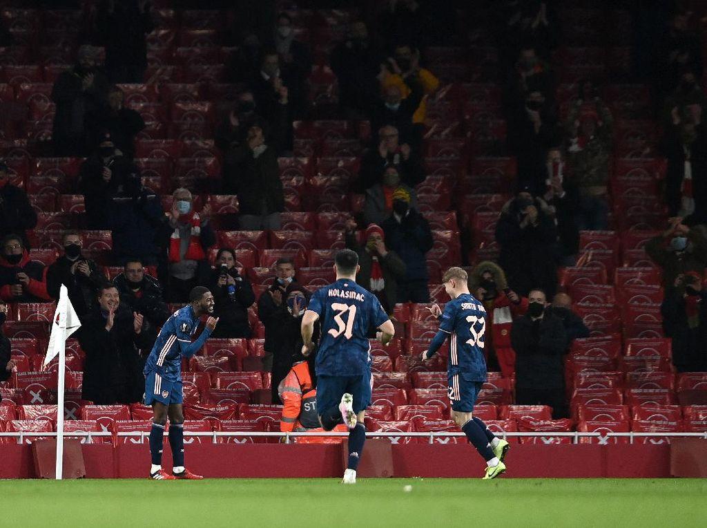 Modal Arsenal Menantang Tottenham