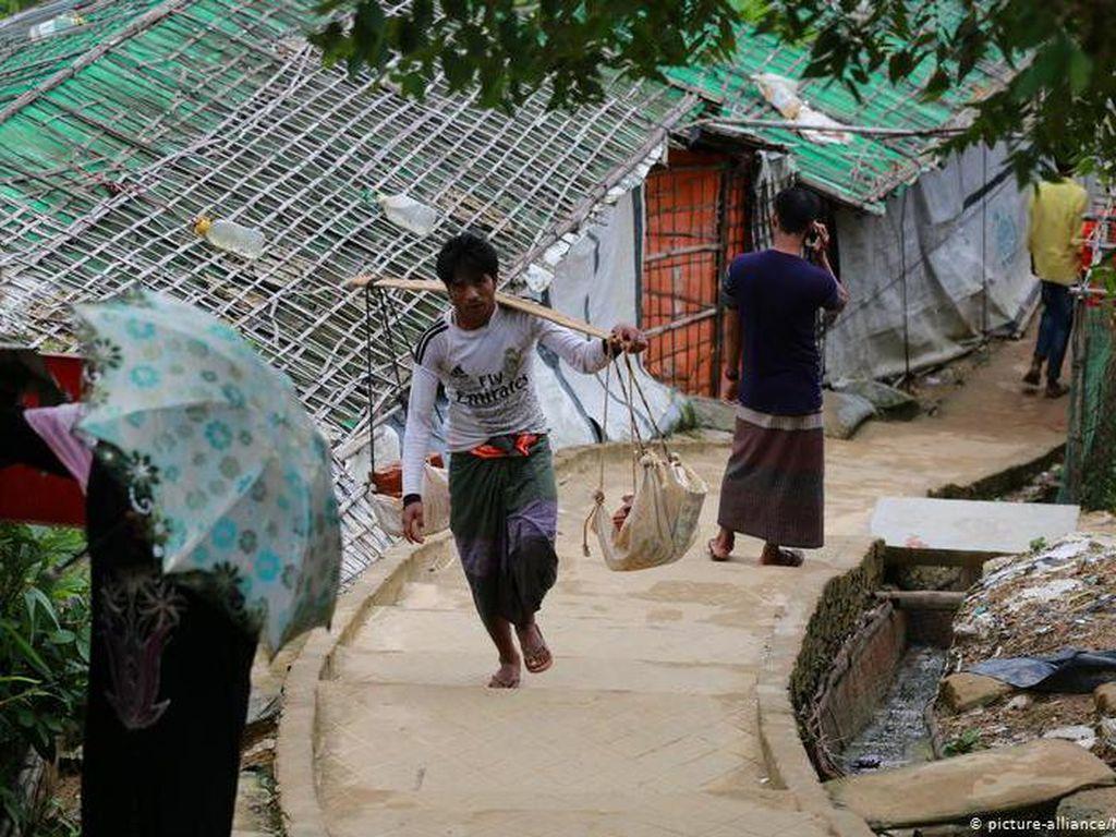 Bangladesh Relokasi Pengungsi Rohingya ke Pulau Tak Berpenghuni