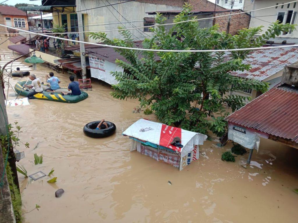 Bobby Menang QC Charta Politika, Banjir Medan Jadi Tsunami Politik Akhyar?