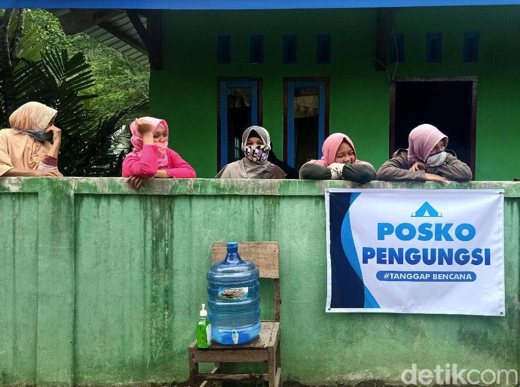 Dampak Tanah Gerak di Banjarnegara: Pengungsi Bertambah, Rumah Ambruk