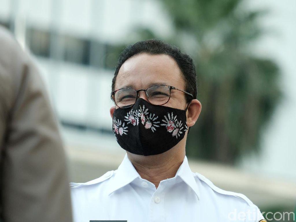 Terbitkan Aturan Kriteria Masker, Anies: Tak Semua Masker Lindungi dari COVID