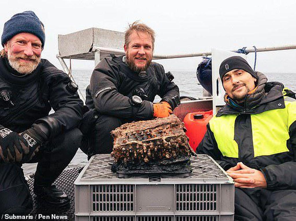 Mesin Canggih Enigma Andalan Nazi Ditemukan Dalam Lautan