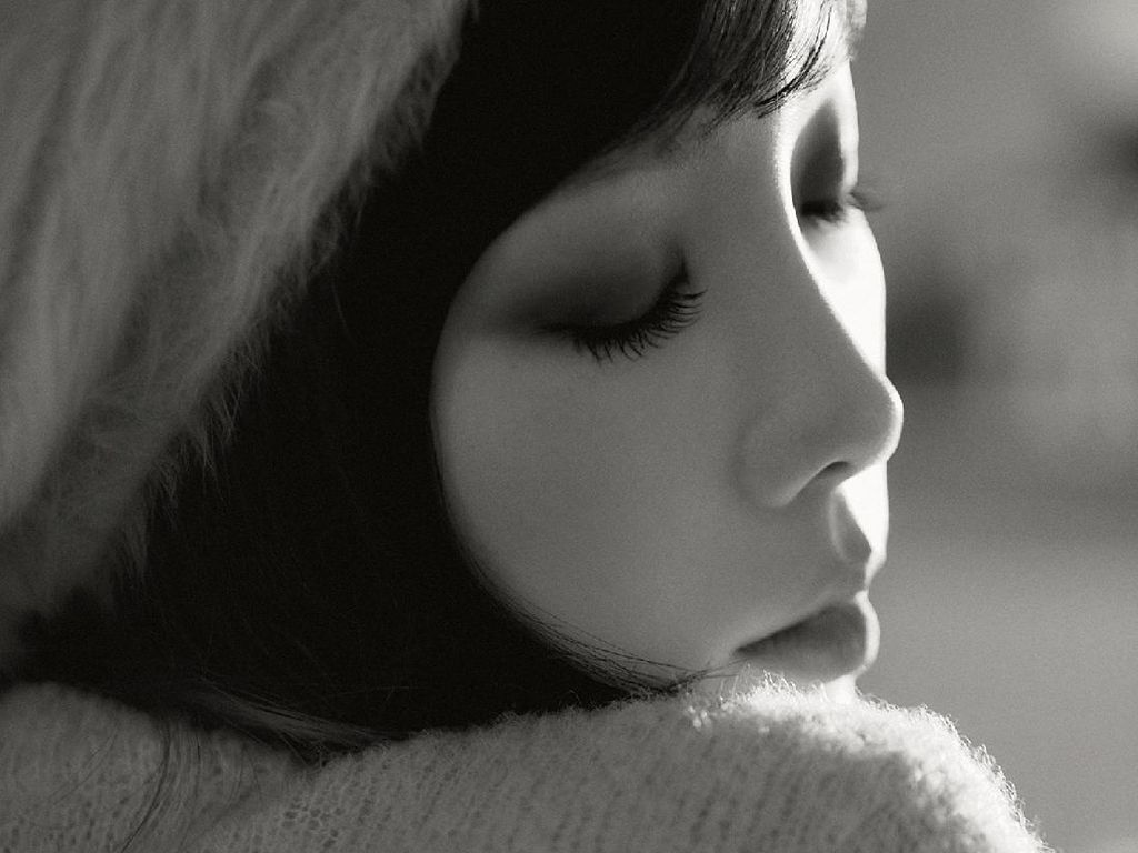 Taeyeon Comeback dengan What Do I Call You 15 Desember