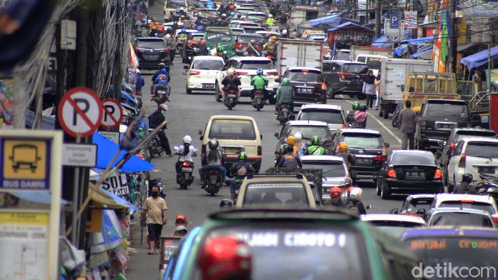Bandung Zona Merah, Arus Wisatawan Rame Banget