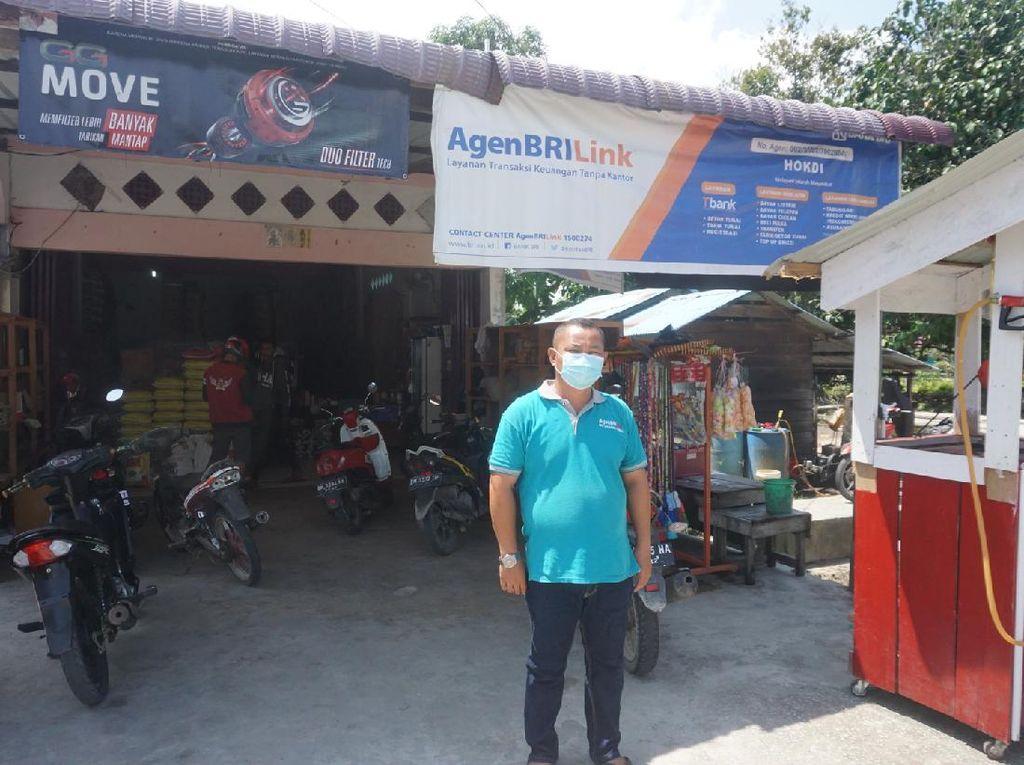 Tukang Sembako Keliling di Perbatasan-RI Malaysia Gunakan Cashless