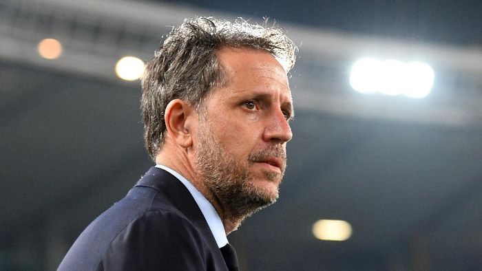 VERONA, ITALY - FEBRUARY 08:Fabio Paratici of Juventus  looks on during the Serie A match between Hellas Verona and  Juventus at Stadio Marcantonio Bentegodi on February 8, 2020 in Verona, Italy.  (Photo by Alessandro Sabattini/Getty Images)