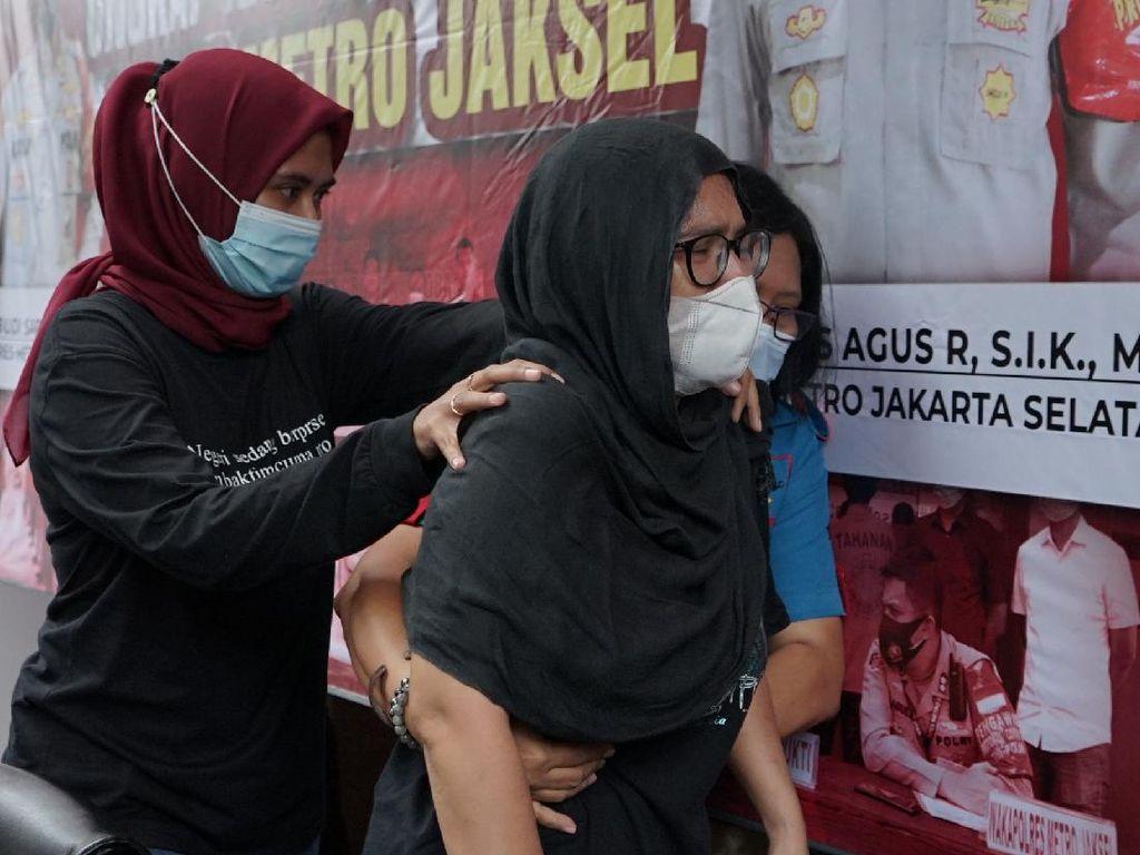 Polisi Kejar Bandar Sabu Iyut Bing Slamet