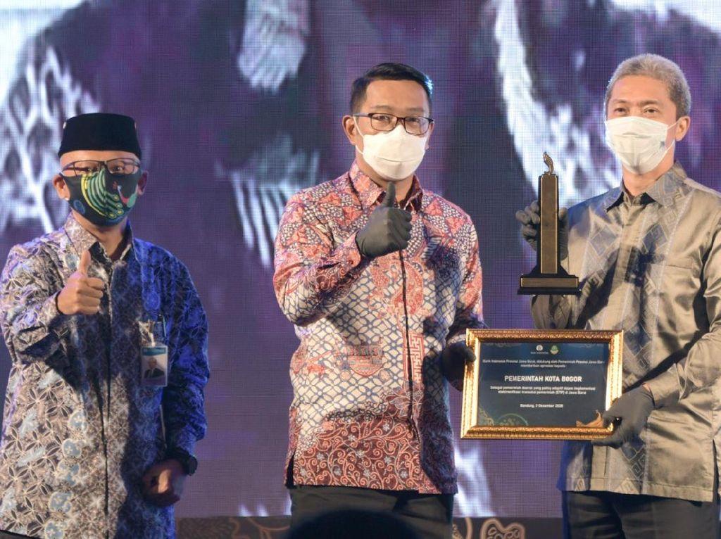 Adaptif Implementasikan ETP, Pemkot Bogor Raih Penghargaan dari BI