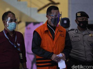 Diborgol dan Berompi Tahanan, Mensos Juliari Batubara Ditahan KPK