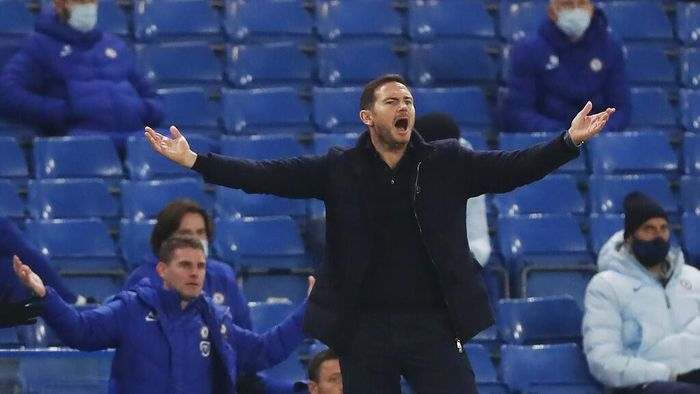 Chelseas head coach Frank Lampard gestures during the English Premier League soccer match between between Chelsea and Leeds United at Stamford Bridge in London, England, Saturday, Dec. 5, 2020. (Matthew Childs/Pool via AP)