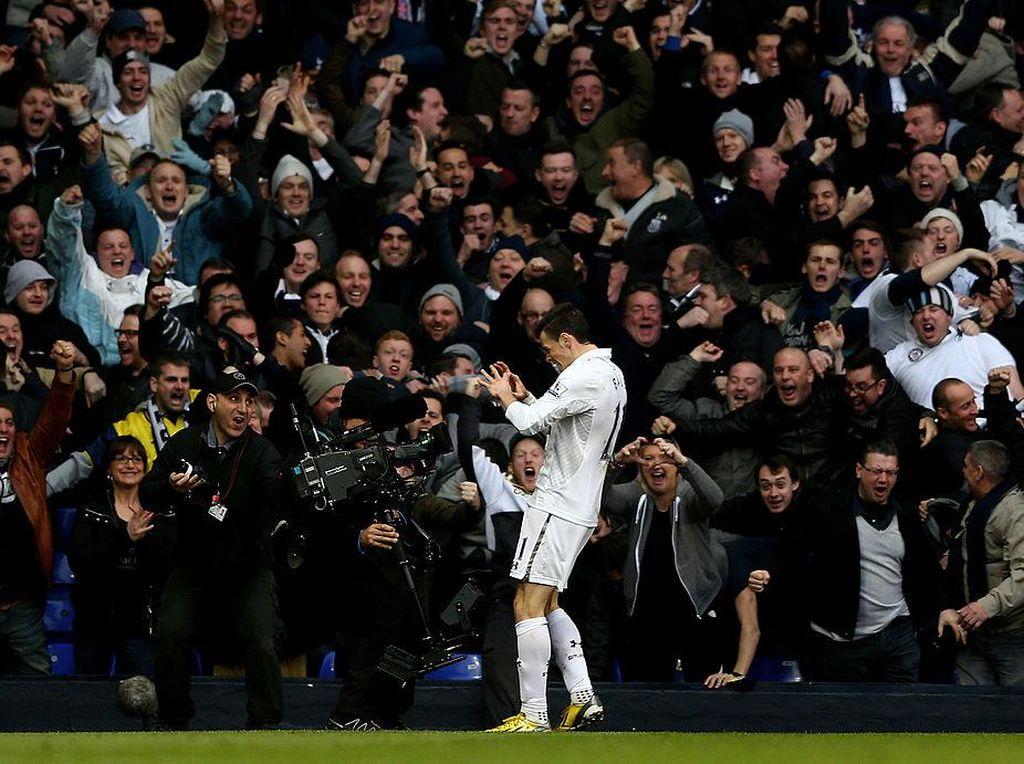 Video Gol-gol Terbaik Gareth Bale ke Gawang Arsenal