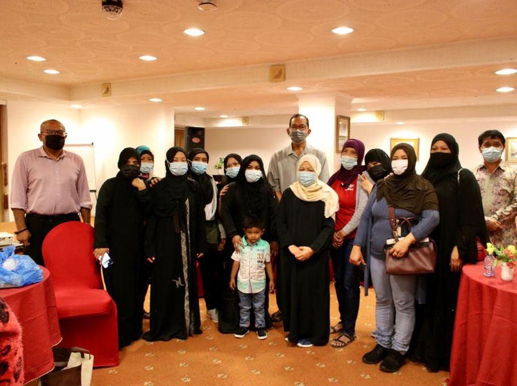 Tahap Kedua, KBRI Muscat Bantu Pulangkan 38 PMI Bermasalah di Oman