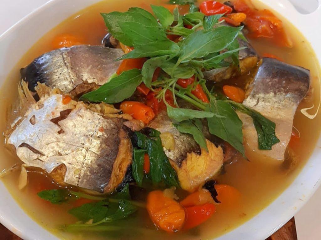 Masak Masak : Ikan Patin Kuah Kuning yang Pedas Segar