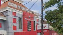 Rumah Sakit Rujukan COVID-19 Penuh, Pasien di Blitar Dirujuk ke Luar Kota