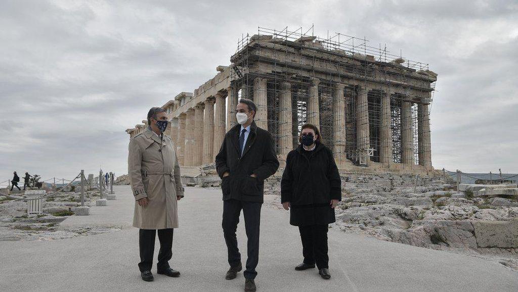 Potret Acropolis Berfasilitas Ramah Difabel