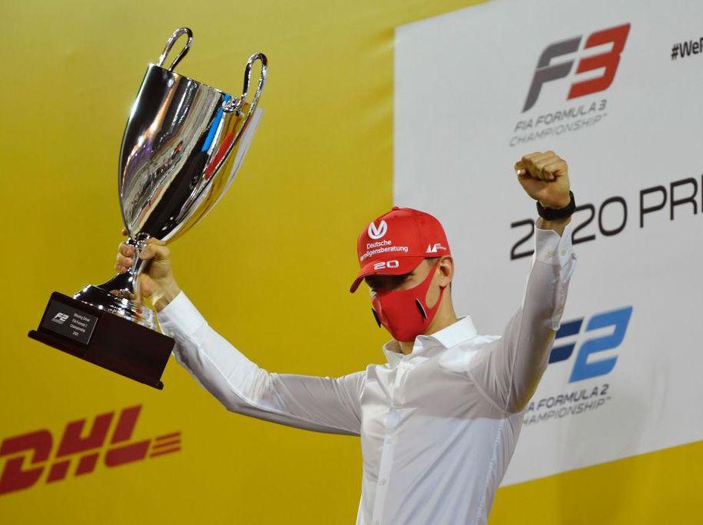 Mick Schumacher Juara Dunia F2 2020, Sean Gelael Finis Posisi 22