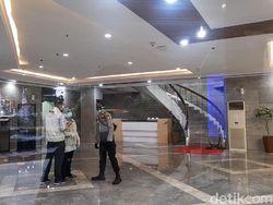 Kasus Suap Bansos Juliari Batubara, Penyidik KPK Geledah Kemensos