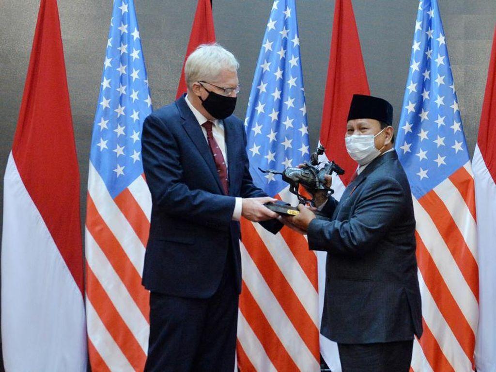 Plt Menhan AS Temui Prabowo di Jakarta, Ini yang Dibahas