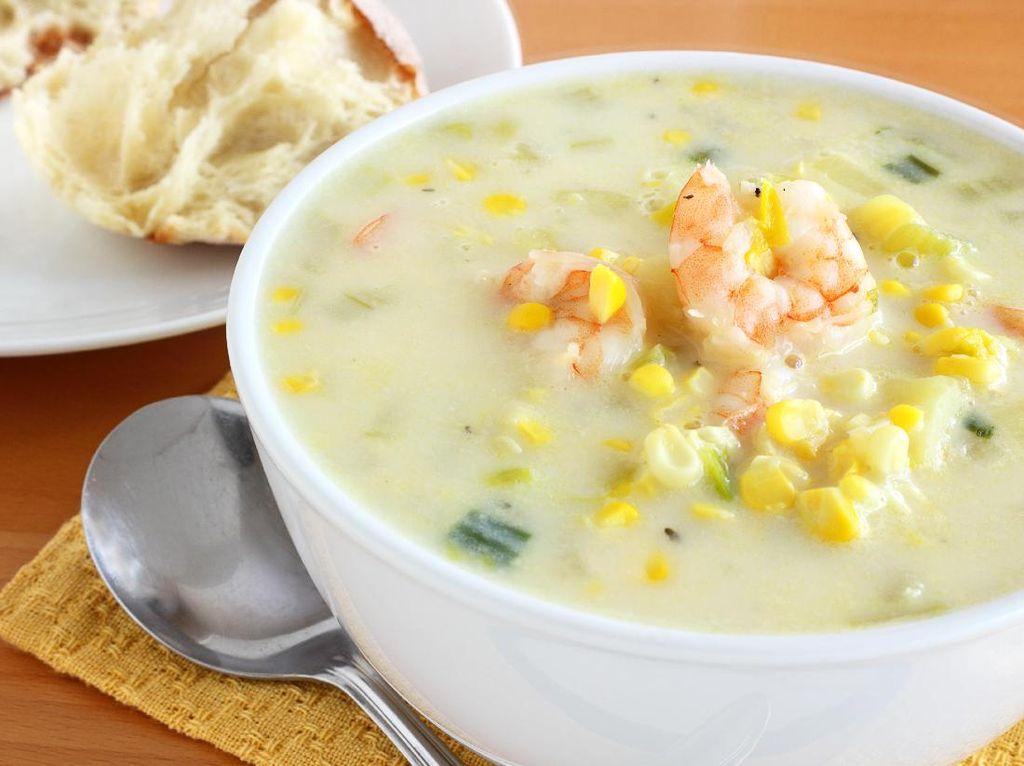 Resep Sup Jagung dan Udang yang Creamy Gurih