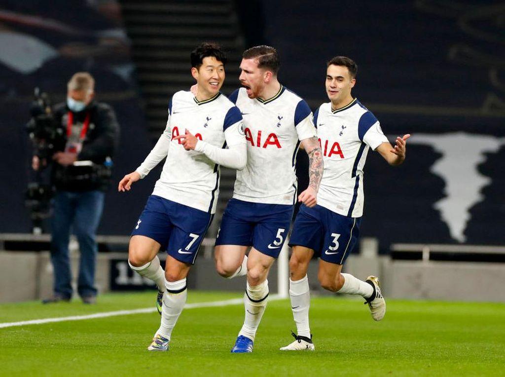 Tottenham Unggul 2-0 Atas Arsenal di Babak Pertama