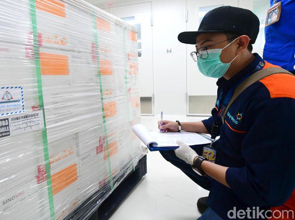 Menkominfo Janji Informasi Kedatangan Vaksin Corona Akurat