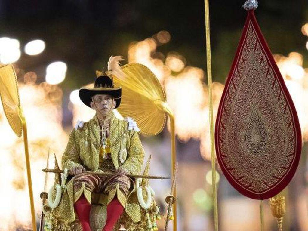 Bagaimana Dinasti Kerajaan Thailand Bisa Jadi Salah Satu Terkaya di Dunia?