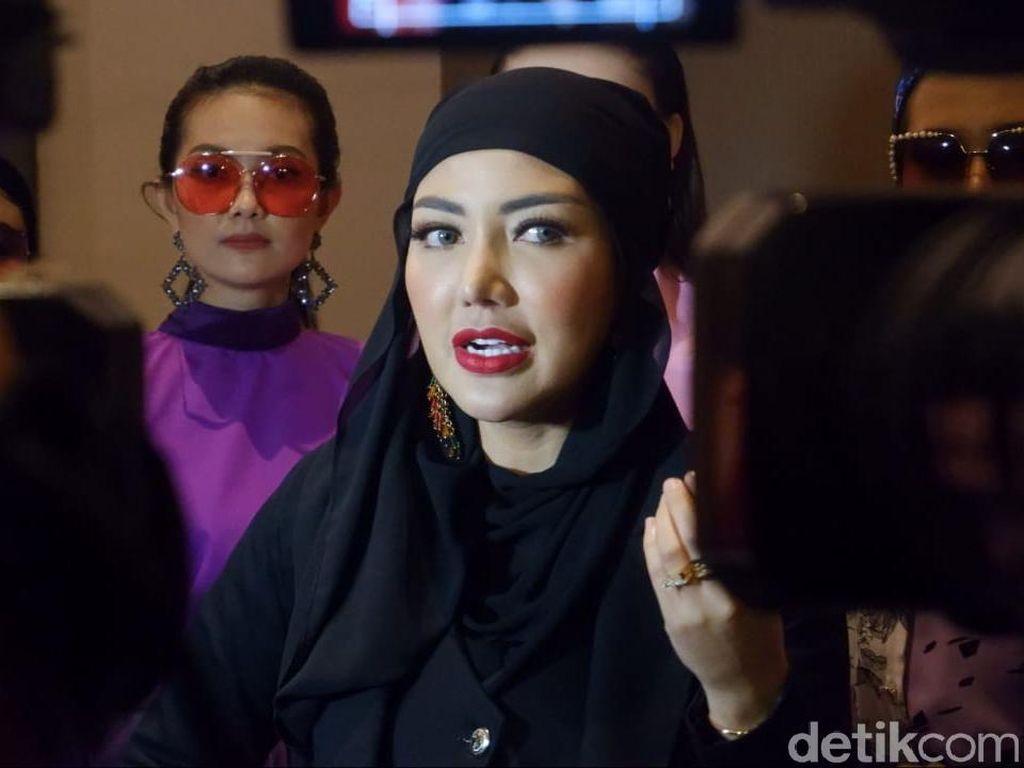 Bangkit, Bella Shofie Gelar Fashion Show di Tengah Pandemi